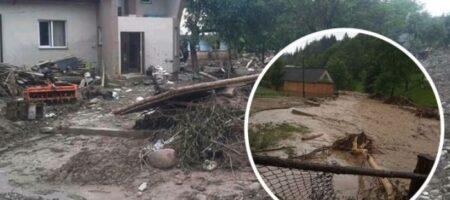 На Прикарпатье разразился скандал из-за финансовой помощи после наводнения