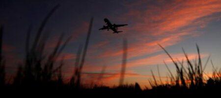 """""""Самолет не упадет"""": астролог сообщил, когда можно отправляться в поездки"""