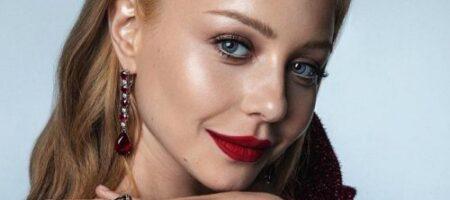 Тина Кароль позировала полуголой для модного глянца