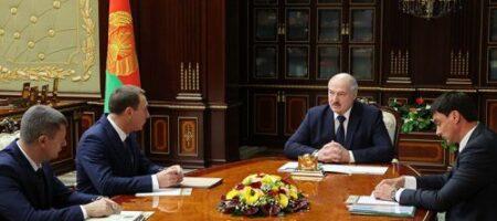 У Бацьки хотят отобрать 70% полномочий
