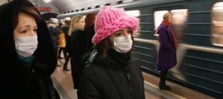 В киевском метро усилили контроль за соблюдением правил карантина