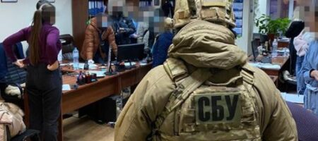 Налоговиков заподозрили в «сливе» конфиденциальных данных