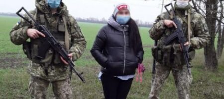 Бросила 3 малолетних детей ради подруги: на Одесщине задержали 27-летнюю маму-кукушку