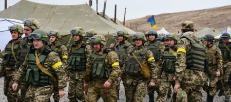 """Есть не только """"План Б"""": Кравчук оценил вероятность начала войны Украины против России"""