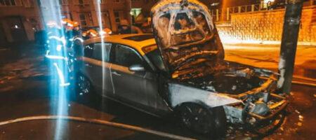 В Украине ежедневно горит десяток машин: спасатели назвали причины