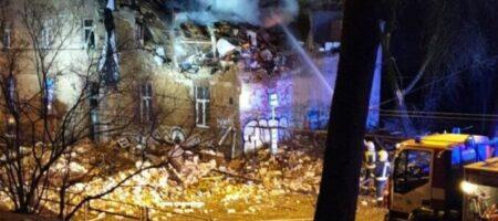 На самый Новый год: полиция и медики подняты по тревоге, взрыв в жилом доме