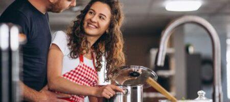 Готовится просто: кулинар поделился рецептом идеальной буженины