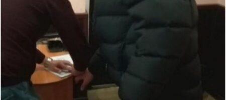 """В Одессе педофил-насильник шантажировал детей """"голыми"""" фото"""