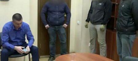 Искал на базаре базы данных граждан России: появилось ВИДЕО задержания ФСБ украинского консула (ВИДЕО)