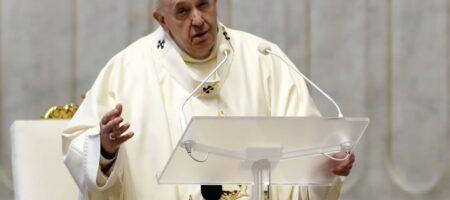 Папа Римский призвал освободить пленных на Донбассе