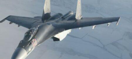 Не только наземная техника: Россия разворачивает на границе с Украиной новейшие самолеты