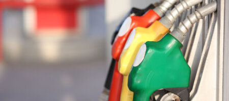 Поставку бензина А-95 в Украину приостановили у Лукашенко