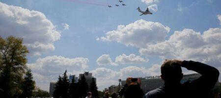 У Лукашенко объяснили, зачем подняли в небо истребитель