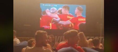 Во Львове бесплатно наливали пиво за голы в ворота сборной России (ВИДЕО)