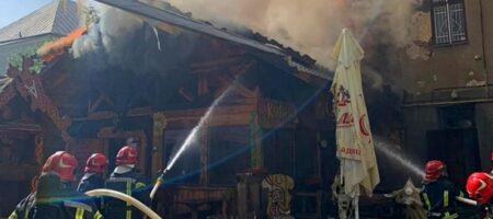 В Тернополе горит ресторан