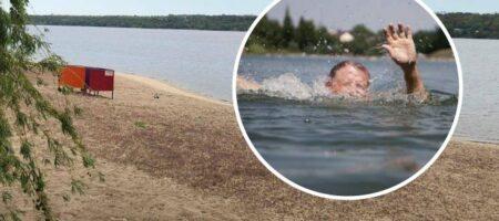 В Запорожье на пляже произошла трагедия с подростком: равнодушие очевидцев поразило медиков