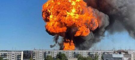 В России взорвалась АЗС. Пострадали 16 человек, огонь не могут потушить (ВИДЕО)