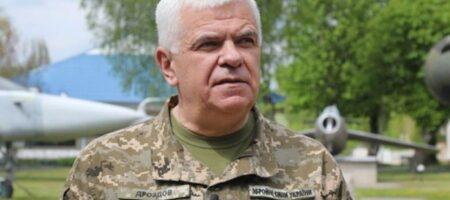 Бывший командующий ВВС подал в суд на Зеленского