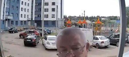 В Севастополе мужчина поругался с домофоном (ВИДЕО СТАЛО ХИТОМ)